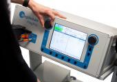 MagPro R20 : petit stimulateur magnétique pour les PEMs (potentiels évoqués moteurs) et la rTMS (stimulation magnétique transcrânienne répétitive) en recherche thérapeutique (dépression, AVC, douleurs, migraines, acouphènes…)